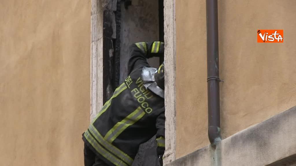 14-06-18 Incendio in un appartamento nel centro di Roma 01_532058141102241033367