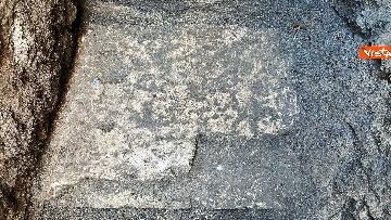 8 - Pantheon, torna alla luce la pavimentazione di epoca imperiale
