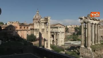 7 - Crolla tetto di una chiesa dietro al Campidoglio, le immagini dal luogo dell'incidente