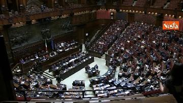 1 - Conte replica in aula a Montecitorio prima del voto di fiducia
