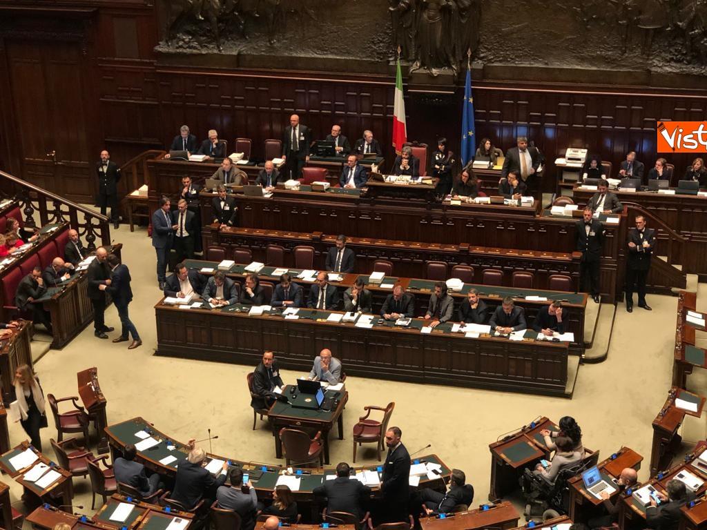 Manovra, la discussione alla Camera_02. Governo mette la fiducia