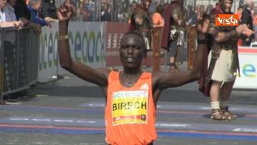 11 - La 24/a edizione della Maratona di Roma