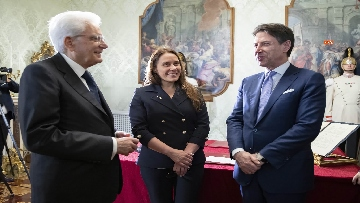 4 - Governo, Locatelli giura davanti a Mattarella