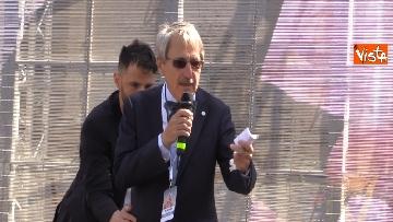 6 - Congresso Famiglia, la manifestazione pro family sfila per le vie di Verona