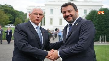 2 - Salvini incontra Mike Pence