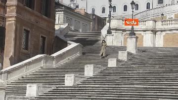 11 - Pasquetta in zona rossa a Roma, controlli a tappeto e piazze semivuote in centro