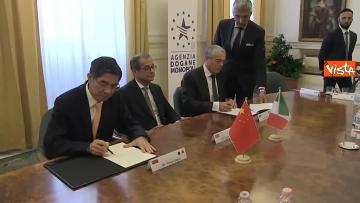 2 - Tria alla firma del Memorandum d'intesa fra le amministrazioni doganale italiana e cinese