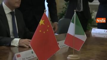 5 - Tria alla firma del Memorandum d'intesa fra le amministrazioni doganale italiana e cinese