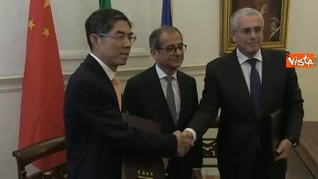 7 - Tria alla firma del Memorandum d'intesa fra le amministrazioni doganale italiana e cinese
