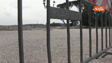 3 - Pasqua in zona rossa, vietato l'accesso alla Terrazza del Pincio a Roma