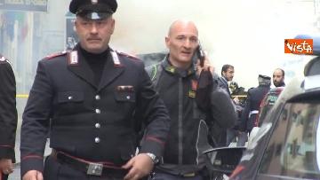 26 - Bus in fiamme in centro a Roma, via del Tritone nel caos