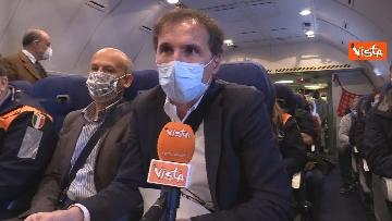 2 - In volo con il ministro Boccia e gli infermieri volontari che vanno al nord a combatter il covid