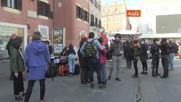 3 - Giornata mondiale del teatro, le foto della protesta davanti al Teatro Argentina a Roma