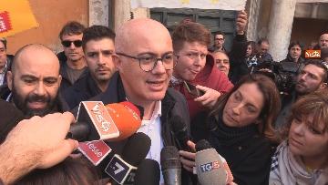 5 - Movimento Cinque Stelle manifesta conro i vitalizi a Roma