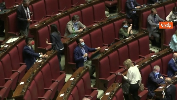 6 - Conte alla Camera dei Deputati per le comunicazioni in vista del Consiglio UE