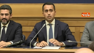1 - Di Maio e Fraccaro in conferenza stampa a Montecitorio su riforme costituzionali