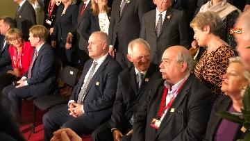 6 - Fico tra i presidenti delle Camere Ue per la foto di famiglia del congresso svoltosi a Vienna