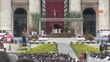 10 - Le celebrazioni della Pasqua in Piazza San Pietro con Papa Francesco