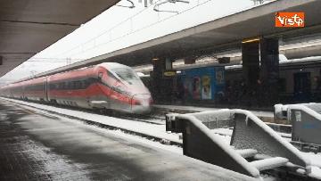 6 - La neve ricopre le strade di Roma