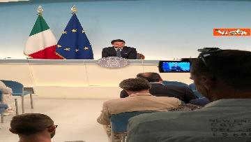 1 - La conferenza stampa di Conte a Palazzo Chigi