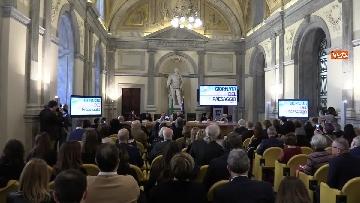 3 - Bonisoli premia vincitori progetto 'Giornata del Paesaggio' al Mibac
