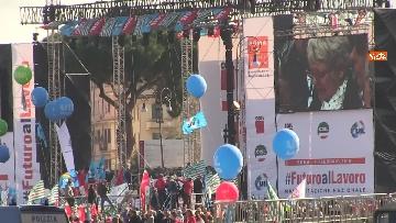 3 - Cgil, Cisl e Uil scendono in piazza a Roma
