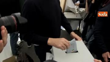7 - Primarie Pd, il voto di Zingaretti