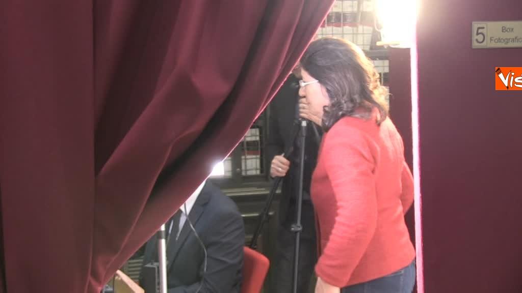 20-03-18 I nuovi deputati alle prese con la registrazione a Montecitorio, tra fototessera e manuale del deputato 2