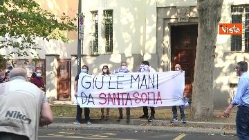 9 - Santa Sofia, Salvini al consolato turco di Milano. Le immagini del presidio