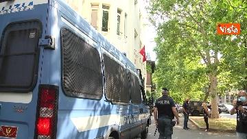 11 - Santa Sofia, Salvini al consolato turco di Milano. Le immagini del presidio