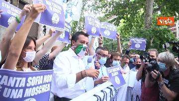 6 - Santa Sofia, Salvini al consolato turco di Milano. Le immagini del presidio