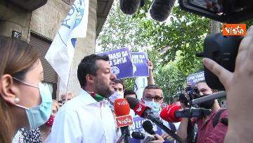 7 - Santa Sofia, Salvini al consolato turco di Milano. Le immagini del presidio