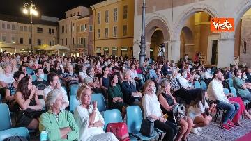 2 - Oliver Stone inaugura Passaggi Festival a Fano presentando la sua autobiagrafia 'Cercando la luce'
