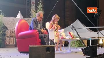 5 - Oliver Stone inaugura Passaggi Festival a Fano presentando la sua autobiagrafia 'Cercando la luce'