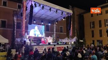 6 - Oliver Stone inaugura Passaggi Festival a Fano presentando la sua autobiagrafia 'Cercando la luce'