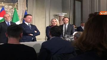 8 - Consultazioni, il gruppo per le Autonomie del Senato a margine del colloquio con Mattarella immagini