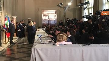 11 - Consultazioni, il gruppo per le Autonomie del Senato a margine del colloquio con Mattarella immagini