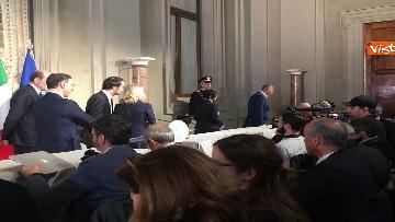 13 - Consultazioni, il gruppo per le Autonomie del Senato a margine del colloquio con Mattarella immagini