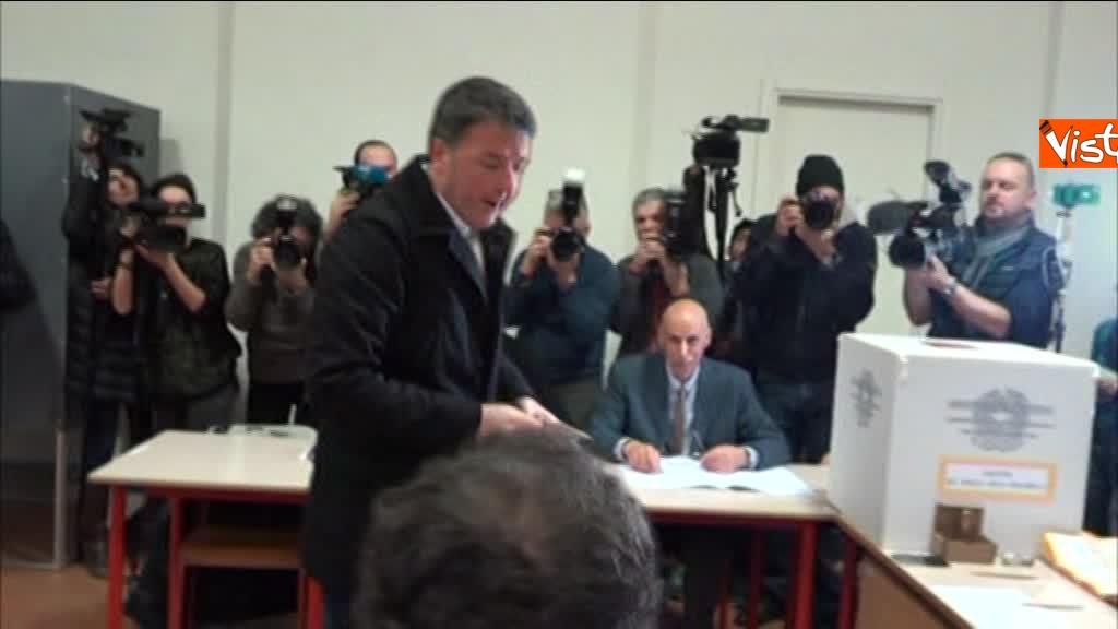 04-03-18 Renzi alle urne chiede a scrutatori come funziona adesso