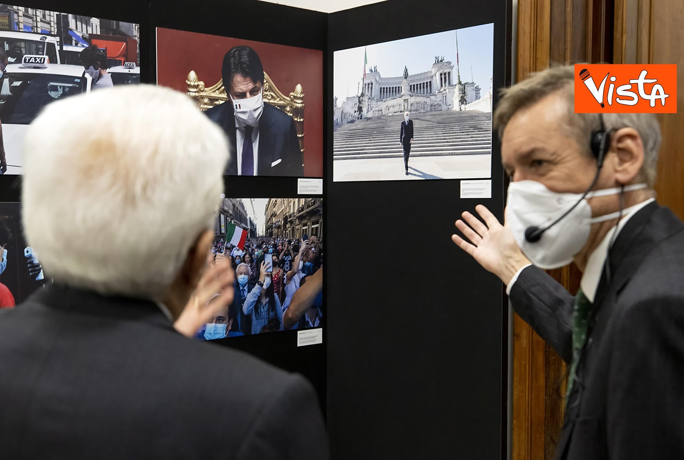13-10-20 Mattarella visita la mostra Lockdown Italia presso la Stampa Esteri, le immagini_04