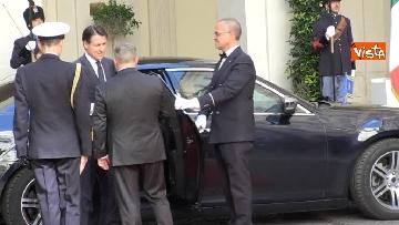 2 - Conte si insedia a Palazzo Chigi, primo giorno da presidente del Consiglio