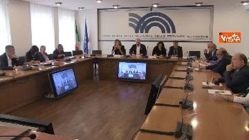 2 - Ministro Affari Regionali Stefani al primo incontro con la Conferenza Regioni immagini