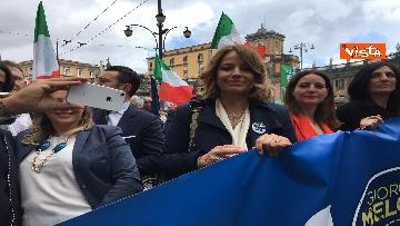 6 - Europee, Meloni chiude campagna elettorale a Napoli, il corteo per le strade della città
