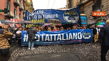 9 - Europee, Meloni chiude campagna elettorale a Napoli, il corteo per le strade della città