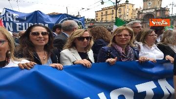4 - Europee, Meloni chiude campagna elettorale a Napoli, il corteo per le strade della città