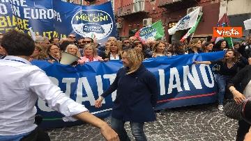 12 - Europee, Meloni chiude campagna elettorale a Napoli, il corteo per le strade della città