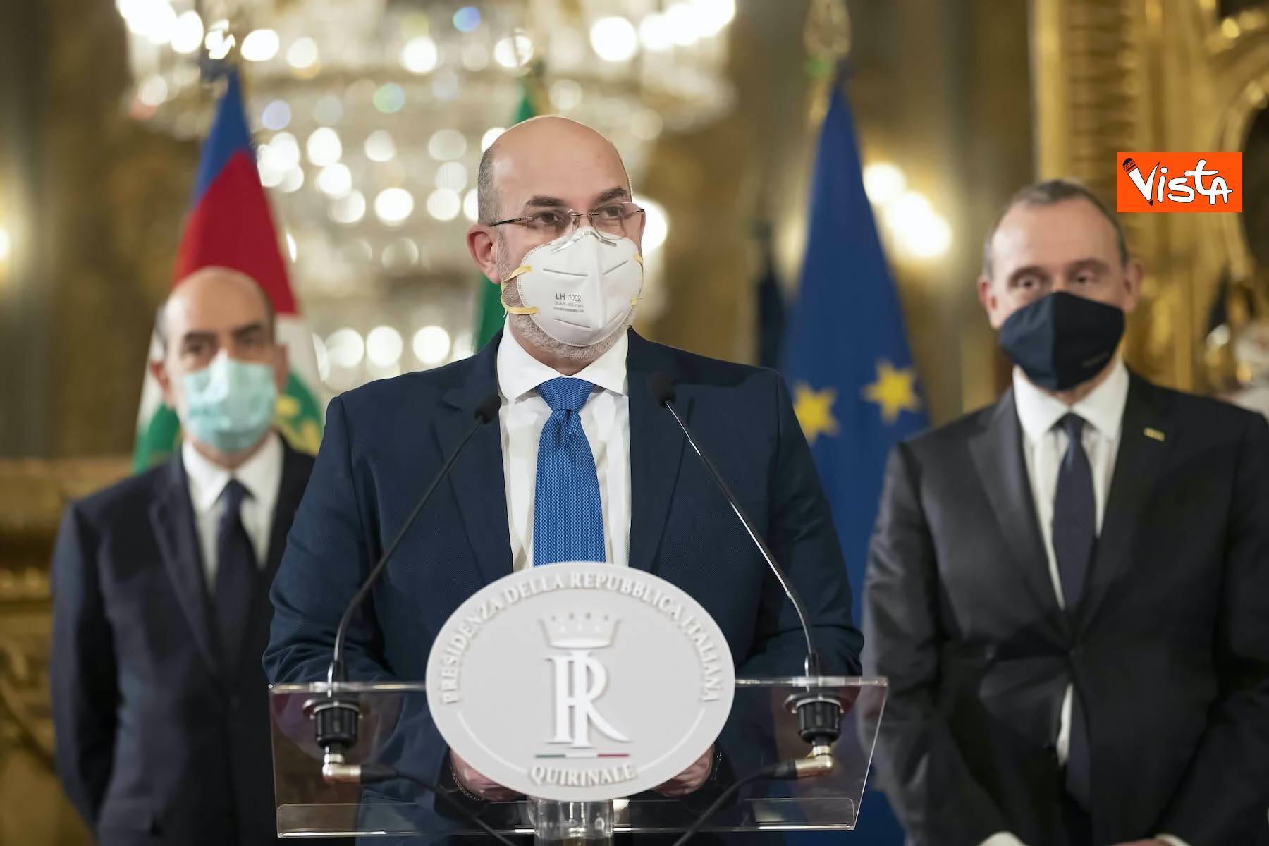 29-01 consultazioni crimi m5s italiani stufi dei teatrini_05