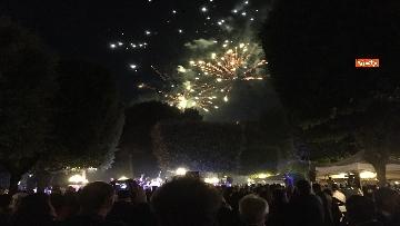 5 - Lo spettacolo dei fuochi d'artificio alla festa per il 4 luglio dell'ambasciata Usa