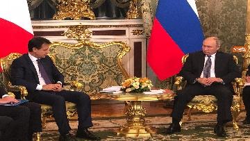 3 - Conte e Putin, l'incontro fra i due leader