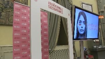 1 - Violenza donne, Carfagna lancia campagna 'Non è normale che sia normale' immagini